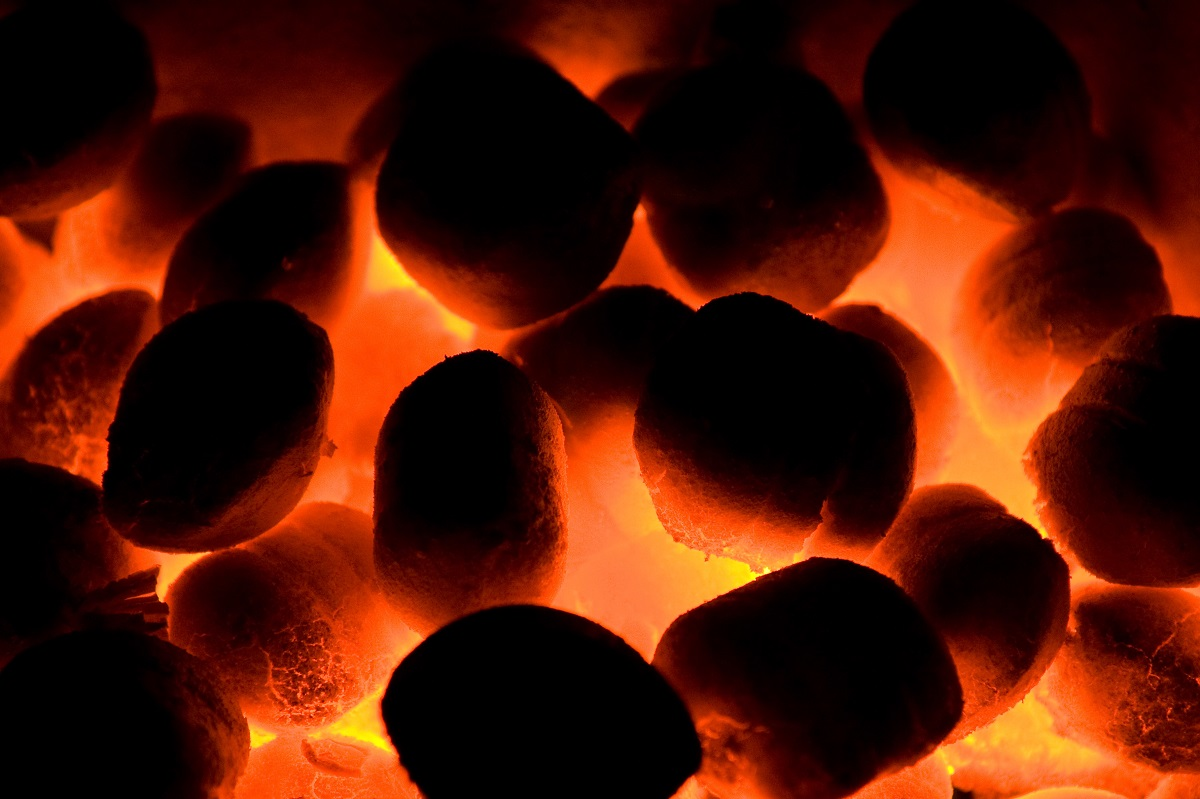 A Guide to Smokeless Fuel