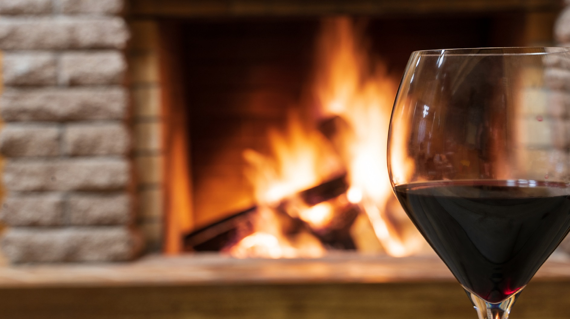 What Are The Best Fuel Options for an Open Fire?