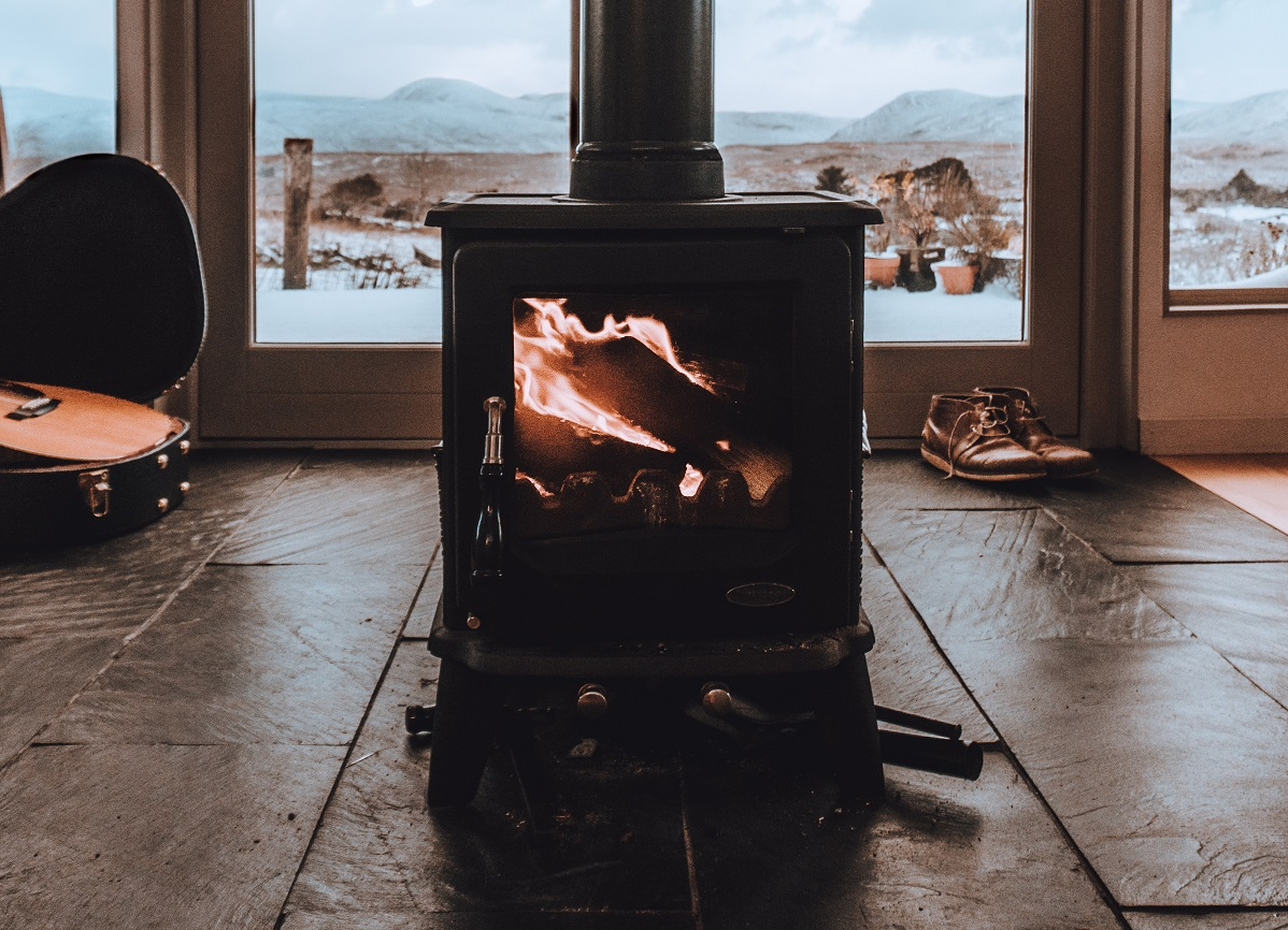 How to Start Your Multi-Fuel Stove in 5 Easy Steps